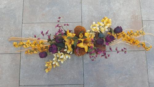 Groot herfststuk rozen/orchidee/lelie